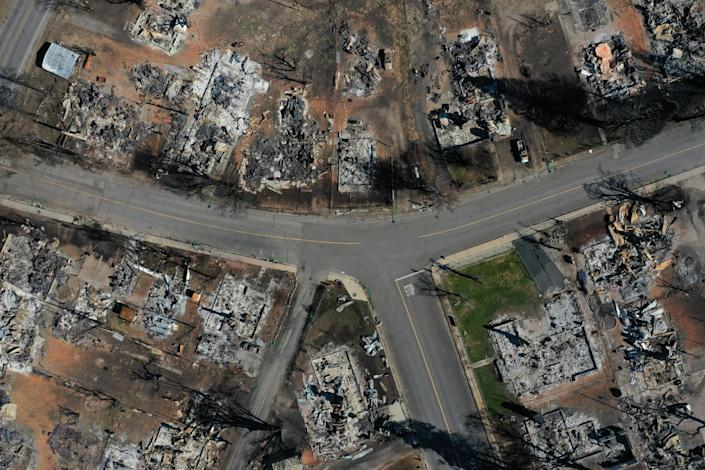 Aerial view of a fire-destroyed neighborhood