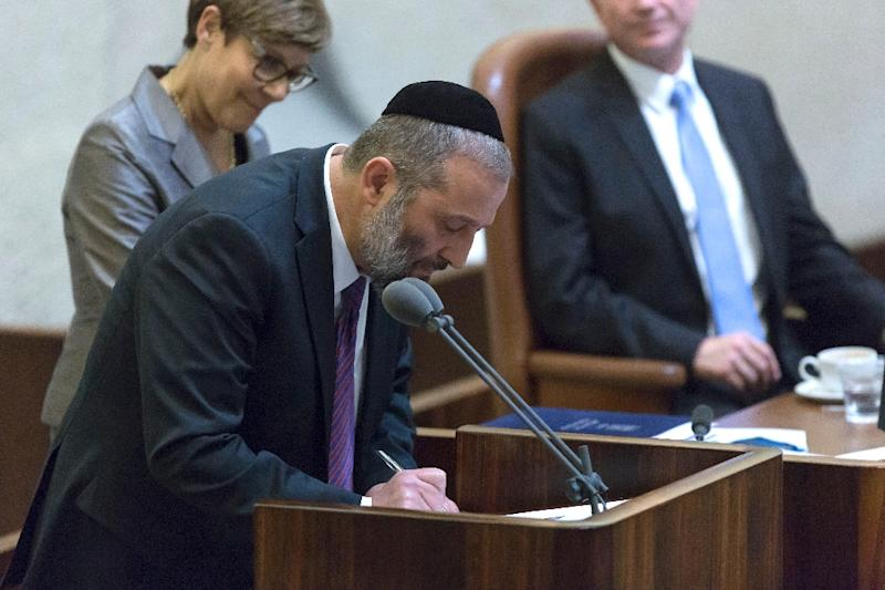 Israel's Economy Minister Aryeh Deri has resigned, opening the way for the government to greenlight a multibillion dollar gas deal with US energy giant Noble Energy (AFP Photo/Jim Hollander)