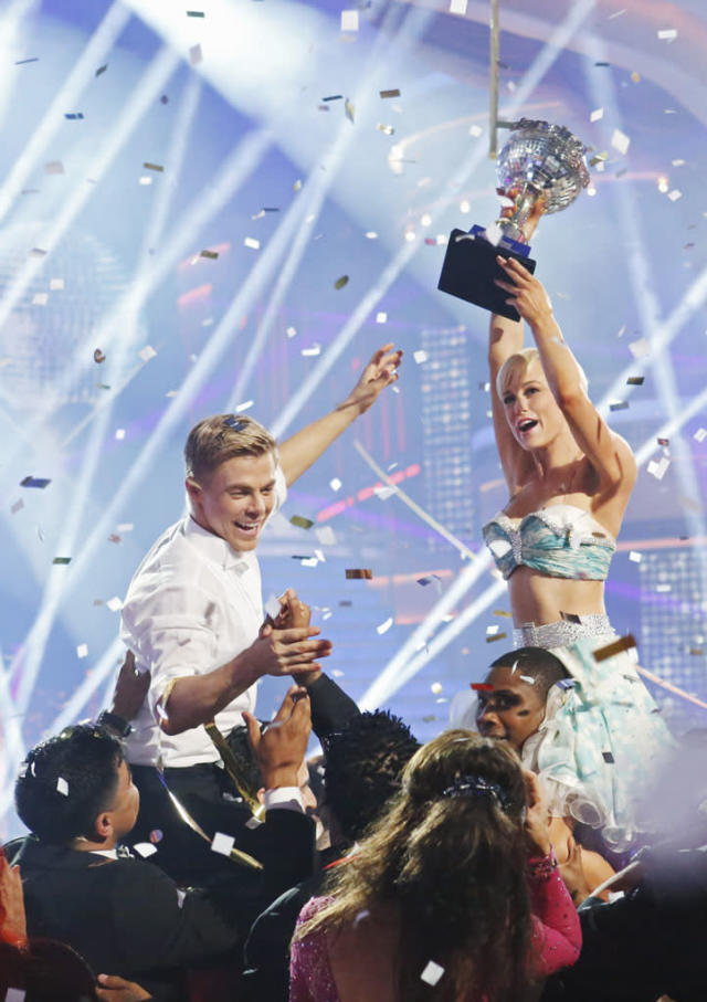 """Episode 1610A"" - After 10 weeks of entertaining, Kellie Pickler and Derek Hough were crowned ""Dancing with the Stars"" Champions. on the two-hour Season Finale of ""Dancing with the Stars the Results Show."""