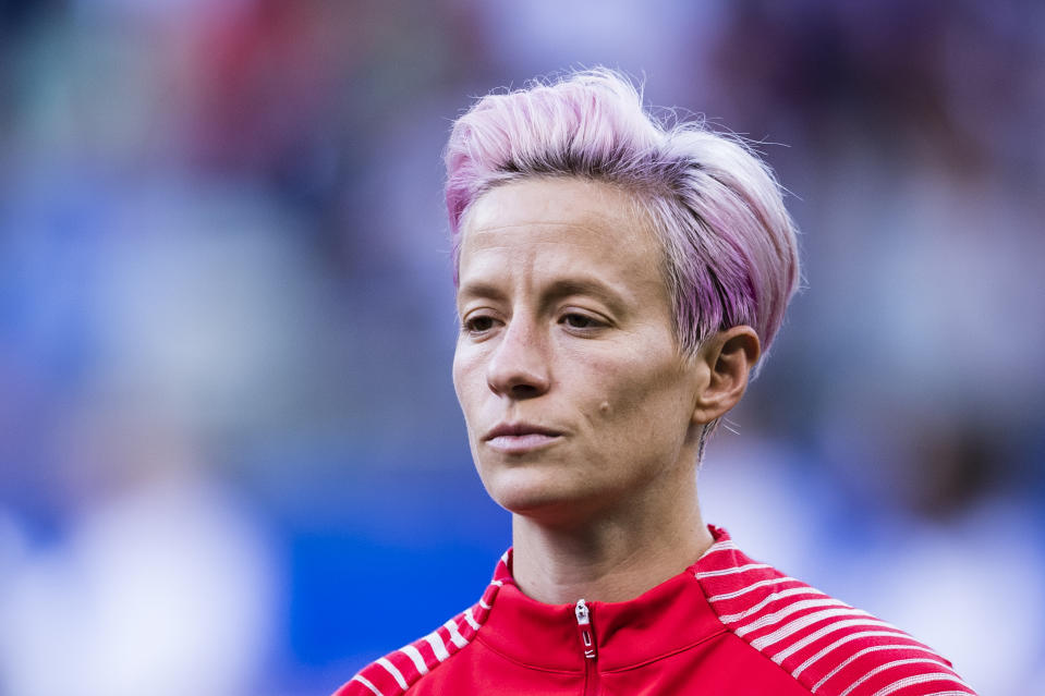 REIMS, FRANCE - JUNE 11: Megan Rapinoe of United States getting into the field during the 2019 FIFA Women's World Cup France group F match between USA and Thailand at Stade Auguste Delaune on June 11, 2019 in Reims, France. (Photo by Marcio Machado/Getty Images)