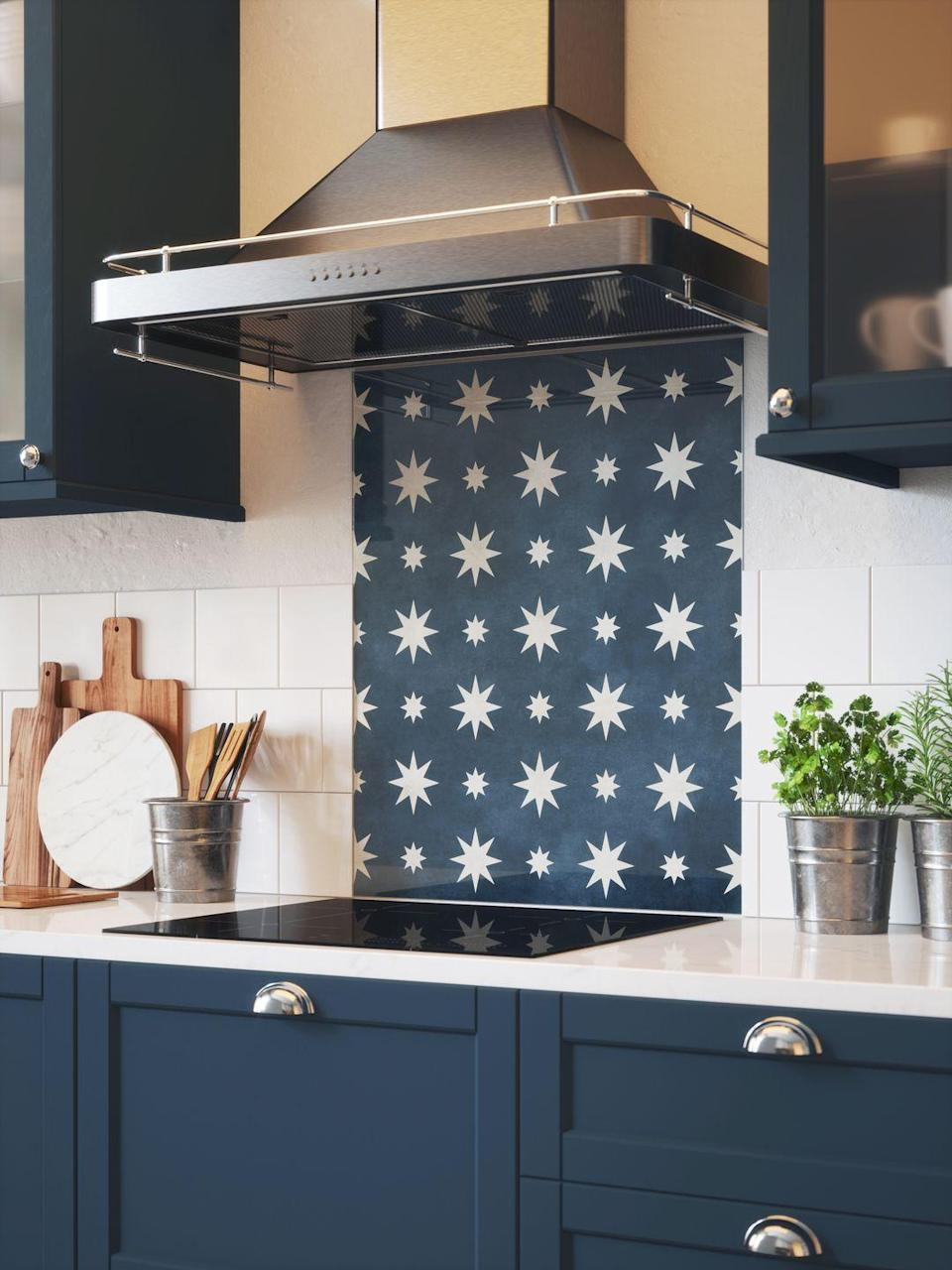"<p>Individuality in modern kitchen design can be achieved with a feature splashback – an ideal way to make a statement. You can continue your kitchen colour scheme through to the walls and splashback for greater intensity and vibrancy.</p><p>Melissa Klink, Head of Design at <a href=""https://www.harveyjones.com/"" rel=""nofollow noopener"" target=""_blank"" data-ylk=""slk:Harvey Jones"" class=""link rapid-noclick-resp"">Harvey Jones</a>, says splashbacks are perfect for instant wow factor. 'Because the application isn't being used as the main worktop, this opens up a variety of other options like specialised marble and other porous stone. Slab splashbacks are a great way to dictate the colour palette of the room and reflect the light in a soft fashion.'<br></p><p>Pictured: Jasper in Indigo, House Beautiful Kitchen Glass Splashback at <a href=""https://www.splashback.co.uk/shop/designer-splashbacks/house-beautiful/house-beautiful-jasper-splashback-600x750mm/"" rel=""nofollow noopener"" target=""_blank"" data-ylk=""slk:Splashback.co.uk"" class=""link rapid-noclick-resp"">Splashback.co.uk</a></p>"