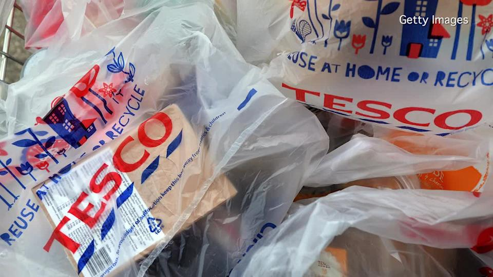 """Tesco suspended four executives and called in outside auditors after a """"serious"""" accounting issue prompted the supermarket giant to issue a profit warning. Photo: Getty Images"""
