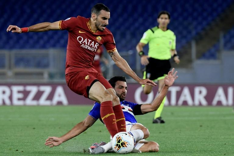 Chelsea loan Zappacosta to Genoa