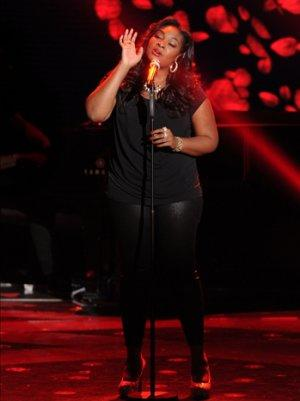 'American Idol' Recap: Candice Glover Dominates as Finale Draws Near