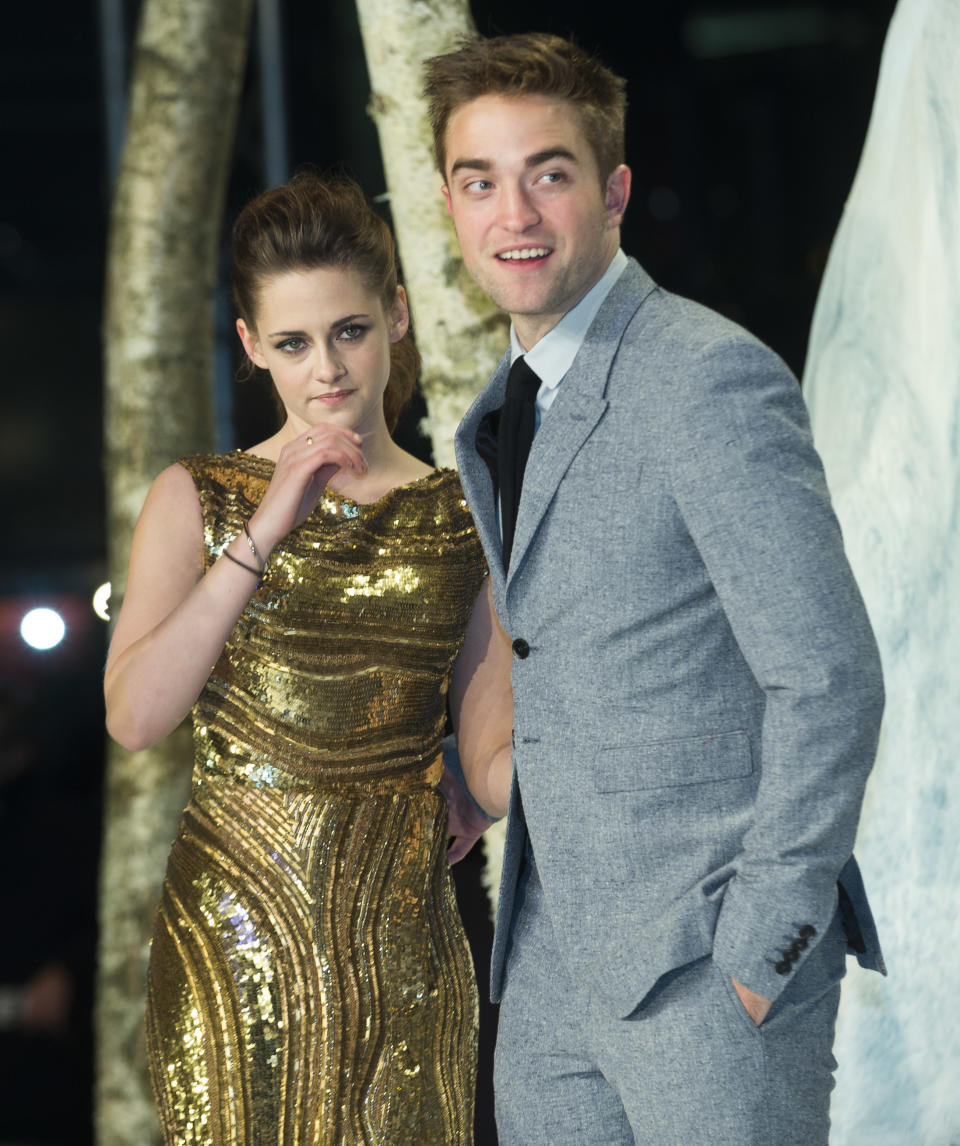 "Kristen Stewart and Robert Pattinson attend the German premiere of ""The Twilight Saga: Breaking Dawn Part II"" in Berlin, Friday, Nov. 16, 2012. (AP Photo/Markus Schreiber)"