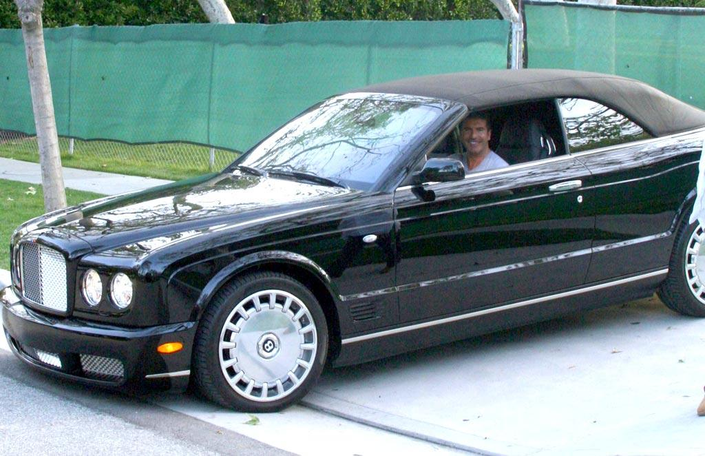"""If you think Jennifer Love Hewitt's ride is ridiculous, wait until you see Simon's. The """"American Idol"""" judge's Bentley Azure convertible has a $330,000 price tag. Yikes! Richard Harding/<a href=""""http://www.pacificcoastnews.com/"""" target=""""new"""">PacificCoastNews.com</a> - March 15, 2009"""
