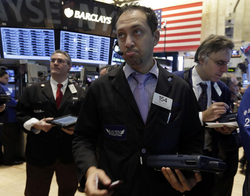 Stocks edge higher, pushing Dow toward 14,000