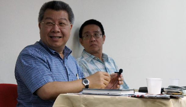Former President Ong Teng Cheong completely switched off the PAP hat when he became President and broke new ground, says constitutional law expert Kevin Tan. (Yahoo! photo/Alicia Wong)
