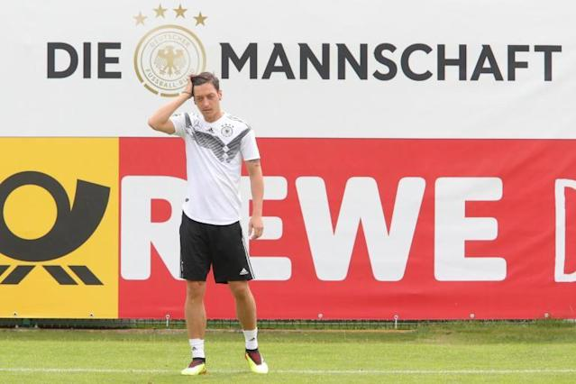 Arsenal star Mesut Ozil will deliver for Germany, says Julian Draxler