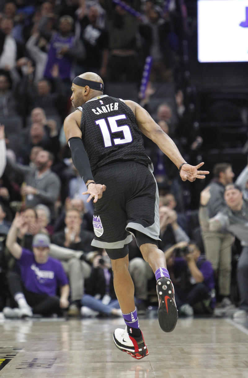 Sacramento Kings guard Vince Carter reacts after hitting a 3-point shot  during the second half against the Oklahoma City Thunder in an NBA  basketball game ... e470848ea