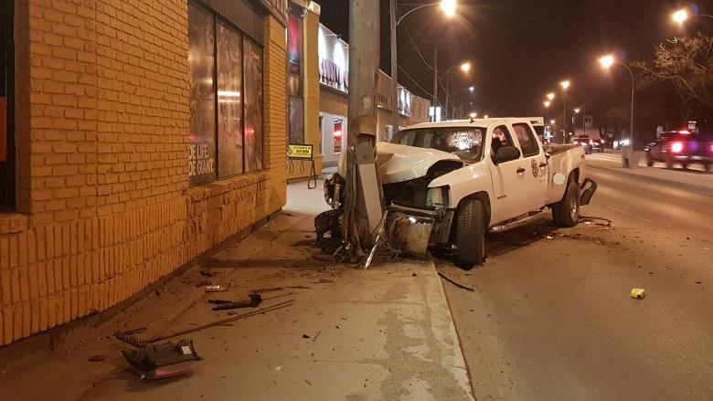 St. Mary's Road reopens after crash closes lane near Fifth Avenue