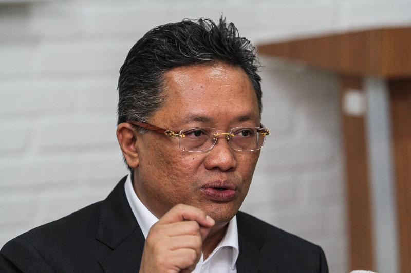Abdul Rahman Dahlan says there is growing uneasiness among the rakyat on the cost of living which is yet to be reduced by PH as they promised. — Picture by Shafwan Zaidon