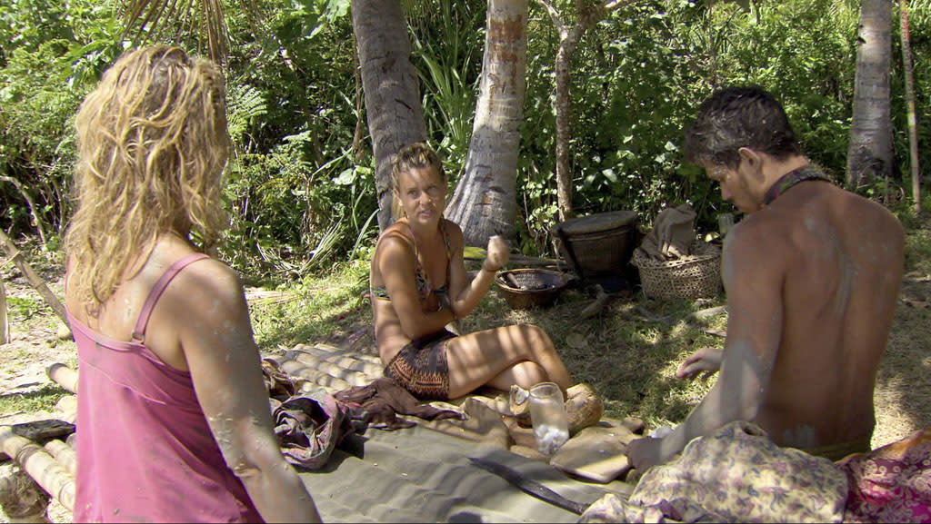 """Lisa Whelchel, Abi-Maria Gomes and Peter """"Pete"""" Yurkowski in the """"Survivor: Philippines"""" episode, """"Little Miss Perfect."""""""
