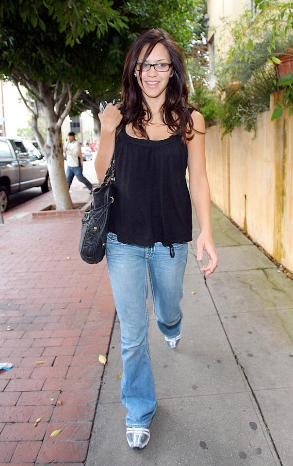 """We can't imagine that the old saying """"guys don't make passes at girls who wear glasses"""" applies to Katharine McPhee. <a href=""""http://www.x17online.com"""" target=""""new"""">X17 Online</a> - January 19, 2007"""