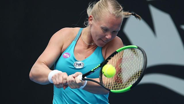 Lara Arruabarrena fought her way into the Copa Colsanitas semi-finals, but Kiki Bertens was not so lucky in Bogota.