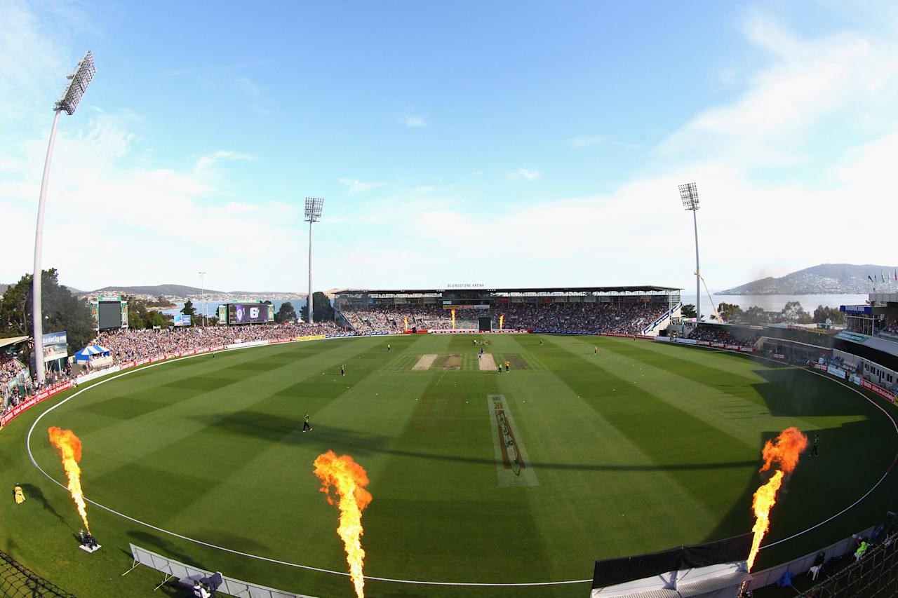 HOBART, AUSTRALIA - DECEMBER 23:  A general view during the Big Bash League match between the Hobart Hurricanes and the Sydney Thunder at Blundstone Arena on December 23, 2012 in Hobart, Australia.  (Photo by Robert Cianflone/Getty Images)