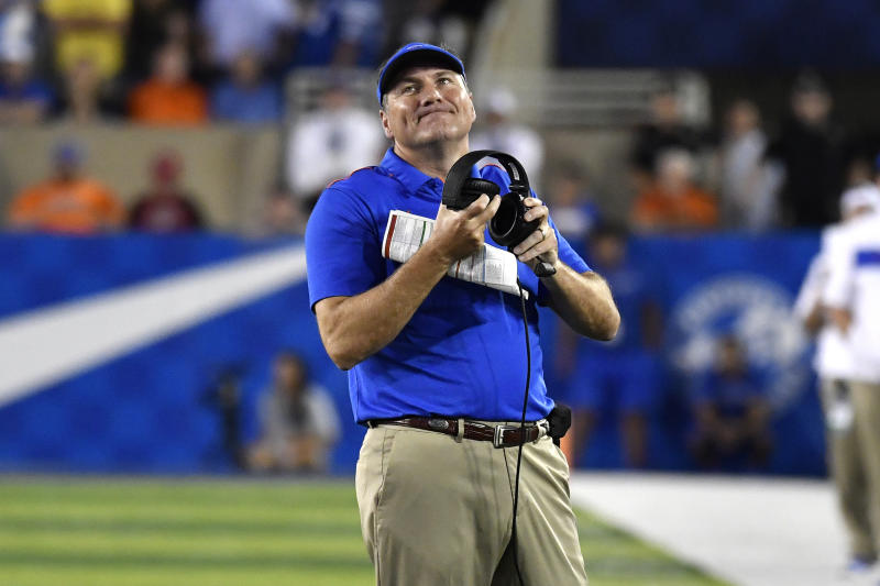 Florida head coach Dan Mullen reacts to a play during the first half of an NCAA college football game in Lexington, Ky., Saturday, Sept. 14, 2019. (AP Photo/Timothy D. Easley)