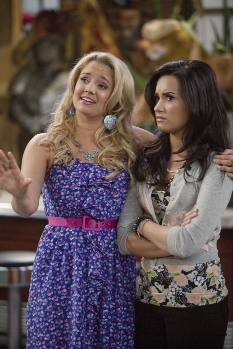 Demi Lovato and Tiffany Thornton while on 'Sonny with a Chance.' (Photo: Randy Holmes/Disney Channel via Getty Images)
