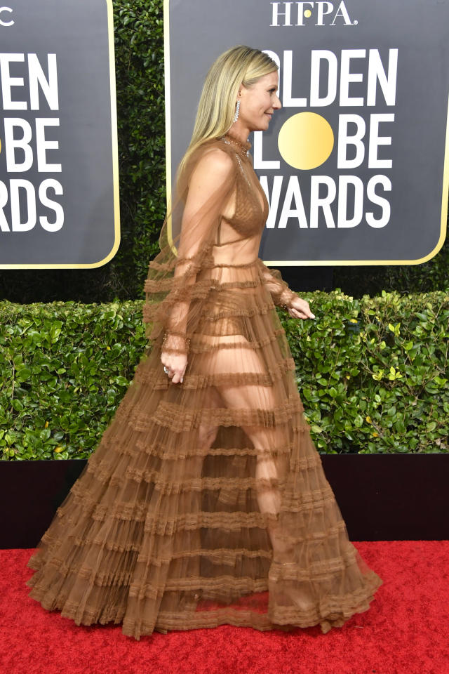A side shot of the actor's dress shows how much skin it revealed [Photo: Getty]