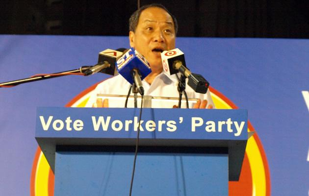 WP's Low addresses the 5,000 strong crowd