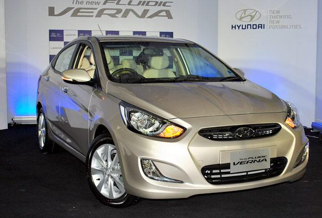 On the front, the Verna displays the next generation hexagonal grille, eagle eye headlamps with wide air dam and distinctive 'L' shaped fog lamps that enhance the stance of the car.