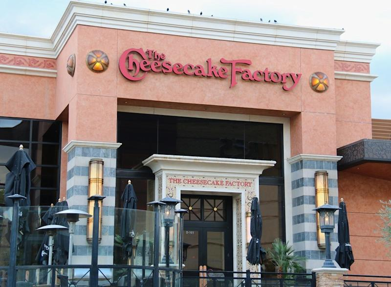 Free Cheesecake Giveaway at Cheesecake Factory Turns into Chaos