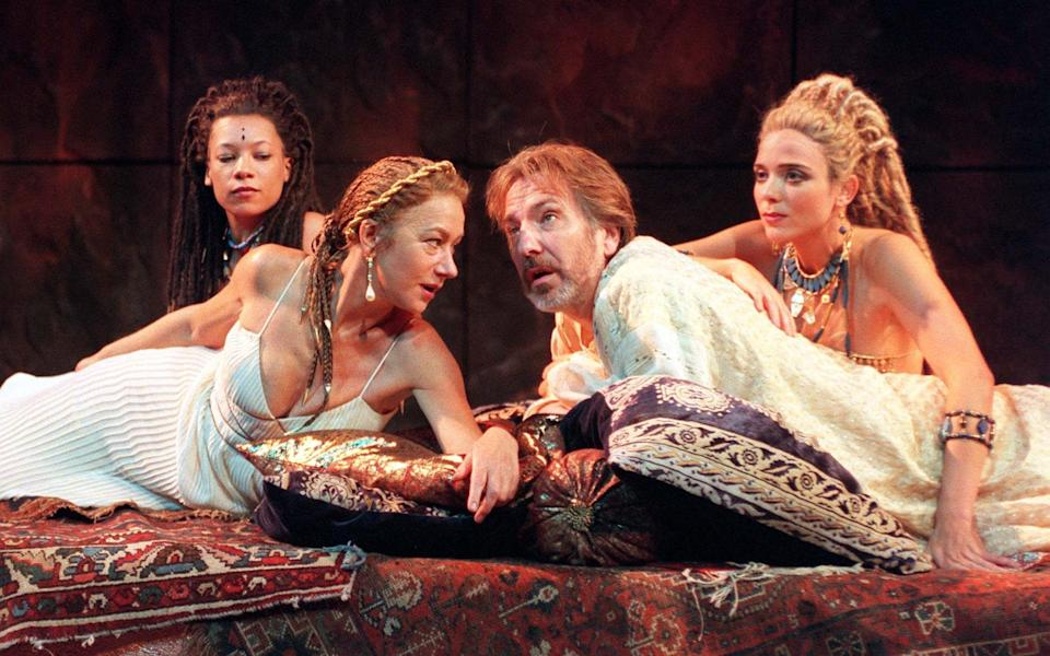 Helen Mirren and Alan Rickman in Antony and Cleopatra at the National Theatre in 1998 - John Stillwell/PA