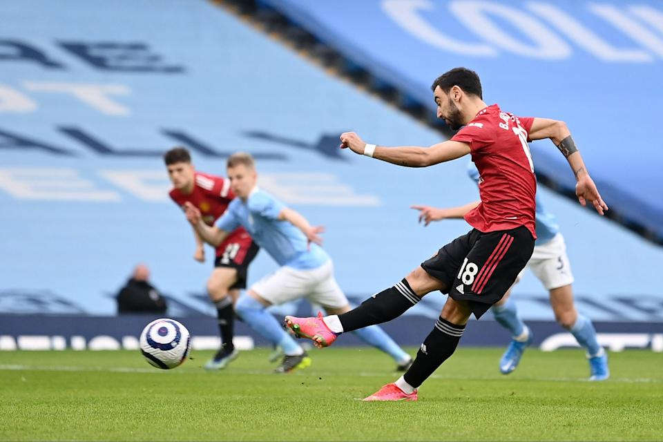 <p>Bruno Fernandes scores from the penalty spot</p> (Getty Images)