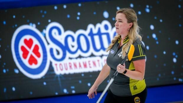 Chelsea Carey led Tracy Fleury's rink at the 2021 Scotties. (Jeff McIntosh/Canadian Press - image credit)