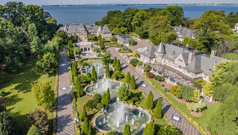 The opulent homes in the village of Kings Point served as inspiration for F. Scott Fitzgerald's novelThe Great Gatsby—and this one reportedly inspired the set design for the 2013 film. Diehard fans who long to throw legendary parties of their own will want to snap up The Estate at Kings Point, an eight-acre waterfront property about 45 minutes from New York City. Built in 1928, the glitzy, glamorous establishment would have made Jay Gatsby himself proud.