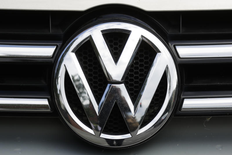 US probes effectiveness of VW air bag wiring recall