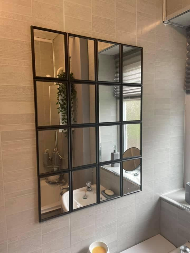 The finished mirror transforms the space. (Latestdeals.co.uk)