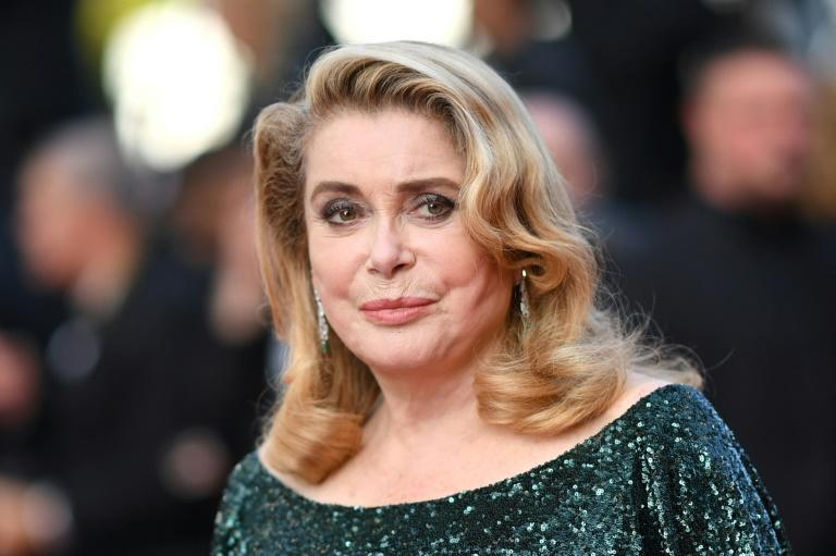 "Legendary French actress Catherine Deneuve stars in Venice opener ""The Truth"" (AFP Photo/LOIC VENANCE)"