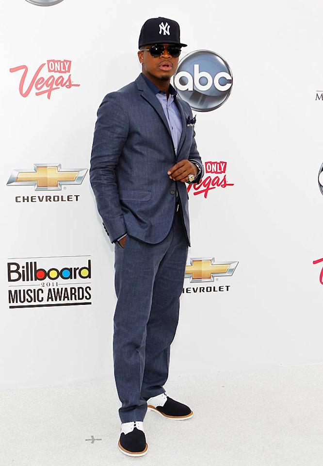 "Ne-Yo rocked the red carpet looking like this was the <i>Year of the Gentleman</i>, except for his oddly-placed New York Yankees baseball cap. Isaac Brekken/<a href=""http://www.gettyimages.com/"" target=""new"">GettyImages.com</a> - May 22, 2011"