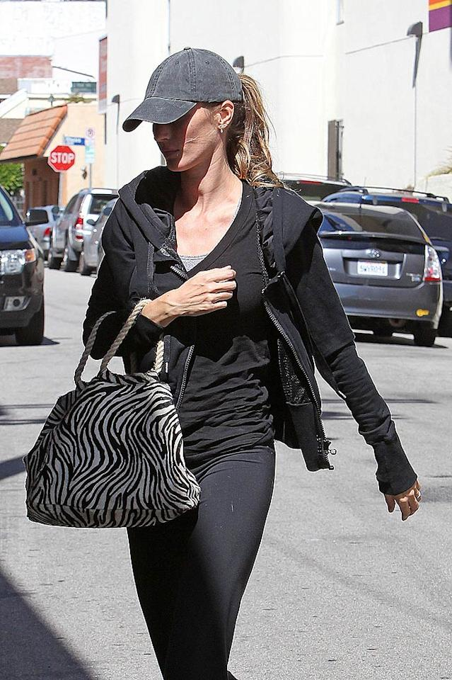 "She's still got it. According to Forbes.com, 29-year-old supermodel Gisele Bundchen is the world's highest-paid model after making $25 million last year. The down-to-earth mom and wife of football player Tom Brady was spotted visiting a gym in Sherman Oaks, California, on Wednesday. Kevin Perkins/Pedro Andrade/<a href=""http://www.pacificcoastnews.com/"" target=""new"">PacificCoastNews.com</a> - May 12, 2010"