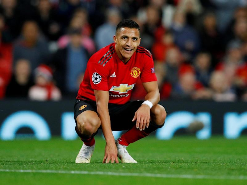 Alexis Sanchez flies home to Chile with Manchester United's blessing to continue injury recovery