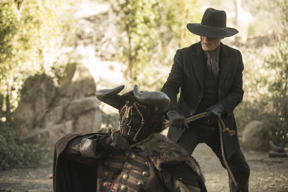 Ed Harris as The Man in Black. (©2016 Home Box Office, Inc. All)