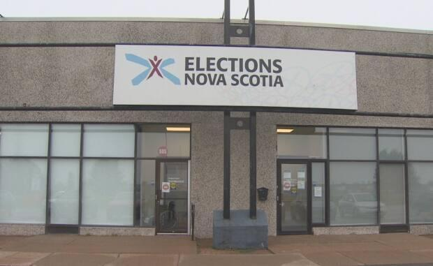 Elections Nova Scotia has opened online applications for people who want to vote by mail-in ballot. (Paul Palmeter/CBC - image credit)