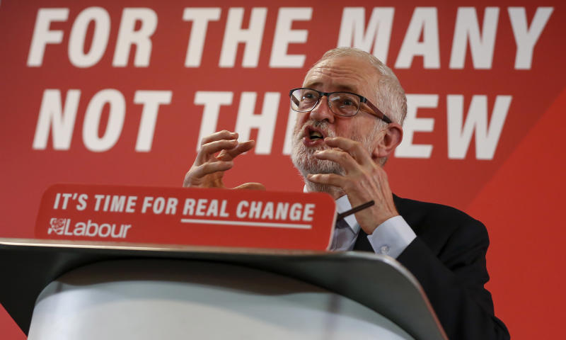 HARLOW, Nov. 5, 2019 -- British Labour Party leader Jeremy Corbyn delivers a Brexit speech in Harlow, Britain on Nov. 5, 2019. (Photo by Han Yan/Xinhua via Getty) (Xinhua/Han Yan via Getty Images)