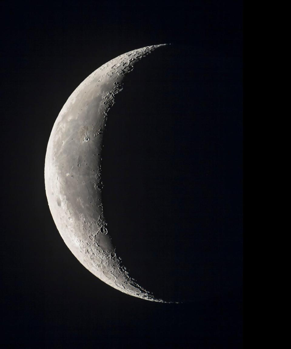 """<h2>Waning Crescent or Dark Moon</h2> <br>A waning crescent moon is the perfect opportunity for downtime. """"This is the time for you to zone out and rest up as you have built a stable path,"""" Arriana says. """"Before you step forward again, you need to recharge your batteries.""""<br> <br>""""If you were born on a dark moon you my experience eagerness to serve in organized groups and social institutions,"""" Hale says. You may often feel a sense of personal destiny or being led by superior powers. You may even have a prophetic gift.<br><span class=""""copyright"""">Photo: VW Pics/Universal Images Group/Getty Images.</span><br><br><br><br>"""