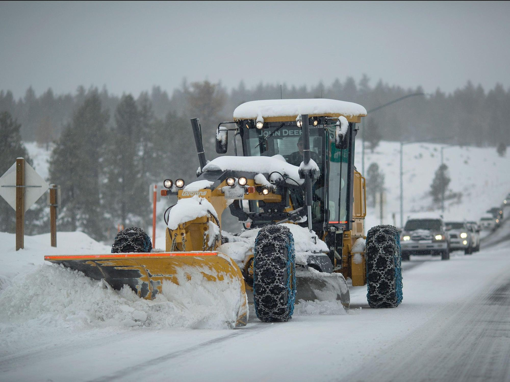 California snowplow driver discovers bodies of two murder victims