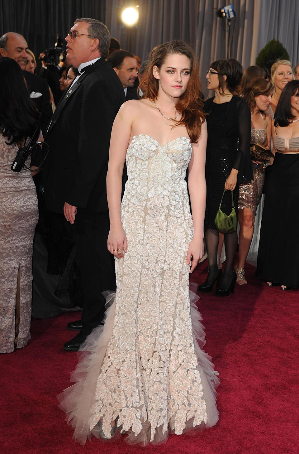 Kristen Stewart arriving for the 85th Academy Awards in 2013