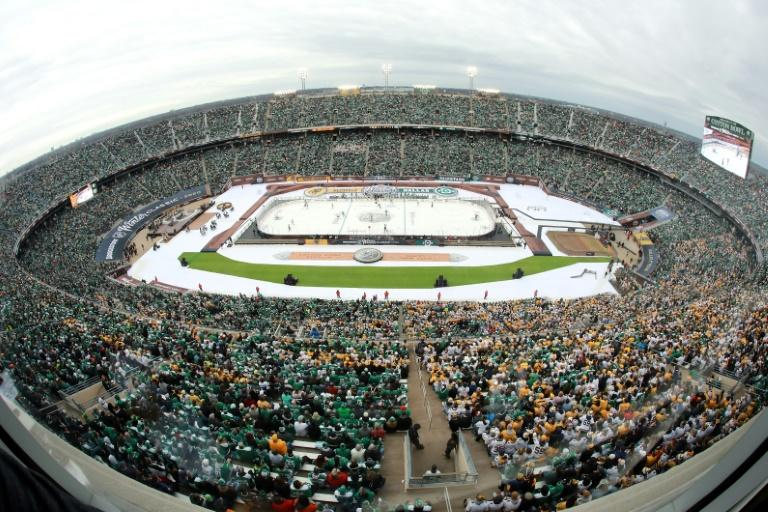 More than 85,000 hockey fans -- the second-largest crowd in NHL history -- packed Cotton Bowl Stadium for the outdoor game between Dallas and Nashville