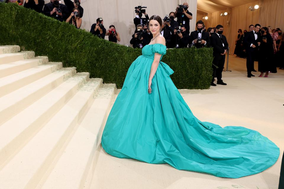 """<h1 class=""""title"""">Bee Carrozzini in Valentino</h1><cite class=""""credit"""">Photo: Getty Images</cite>"""