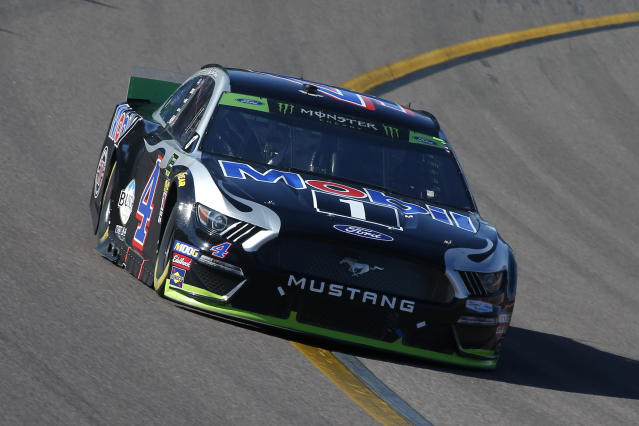 Kevin Harvick won the title race at Homestead in 2014. (AP Photo/Ralph Freso)