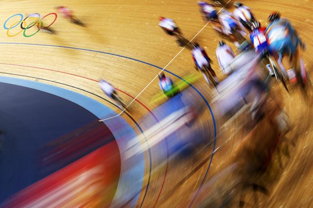 Action during the Men's Omnium Track Cycling 30km Points Race on Day 8 of the London 2012 Olympic Games at Velodrome on August 4, 2012 in London, England. (Photo by Cameron Spencer/Getty Images)
