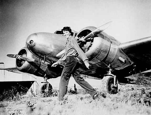 Robots Join Hunt for Amelia Earhart's Plane