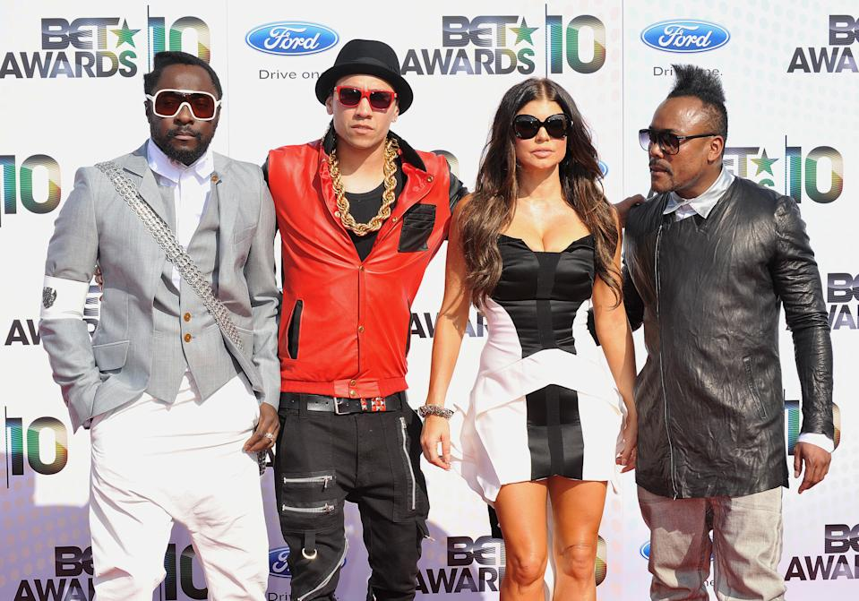 "(L-R) Will i Am, Taboo, Fergie and Apl. de.Ap. from ""The Black Eyed Peas"""