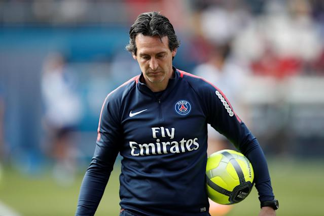 REFILE - CORRECTING PLACE Soccer Football - Ligue 1 - Paris St Germain Training - Parc des Princes, Paris, France - May 16, 2018 Paris Saint-Germain coach Unai Emery during training REUTERS/Benoit Tessier
