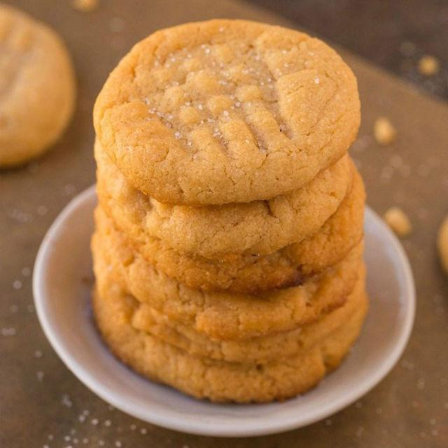 "<p><span>The classic three-ingredient peanut butter cookie gets a makeover with this paleo, gluten-free, and vegan alternative. </span></p><p><strong>Get the recipe at </strong><strong><a rel=""nofollow"" href=""http://thebigmansworld.com/2017/05/13/3-ingredient-sugar-free-flourless-cookies-paleo-vegan-gluten-free/"">The Big Man's World</a>.</strong></p><p><span></span></p>"